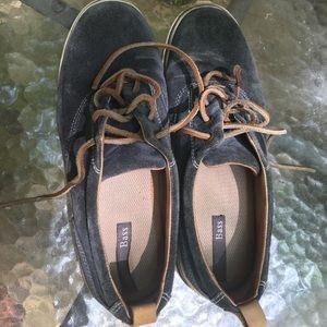 Bass Julie Ann leather deck tennis shoe